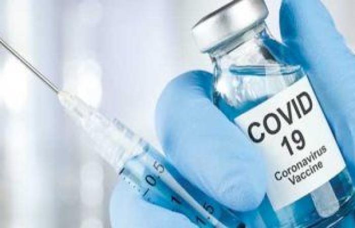 العلماء يحذرون من محدودية تأثير علاجات كورونا.. رئيس فريق اللقاحات ببريطانيا تكشف صعوبة التوصل للقاح قبل نهاية العام.. الجيل الأول من اللقاح غير كامل ومعرض للفشل.. ومخاوف من قصور قدرته على منع العدوى