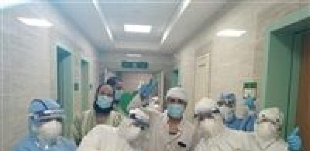 العيد فرحة.. 4 مشاهد مبهجة من مستشفيات العزل