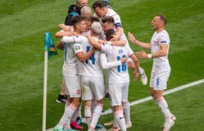مواجهات نارية فى الجولة الثانية بـ يورو 2020 اليوم .. صراع من نوع خاص بين إنجلترا واسكتلندا.. كرواتيا تستدرج التشيك لاستعادة الكبرياء.. والسويد تسعى لتفادى المفاجآت أمام سلوفاكيا
